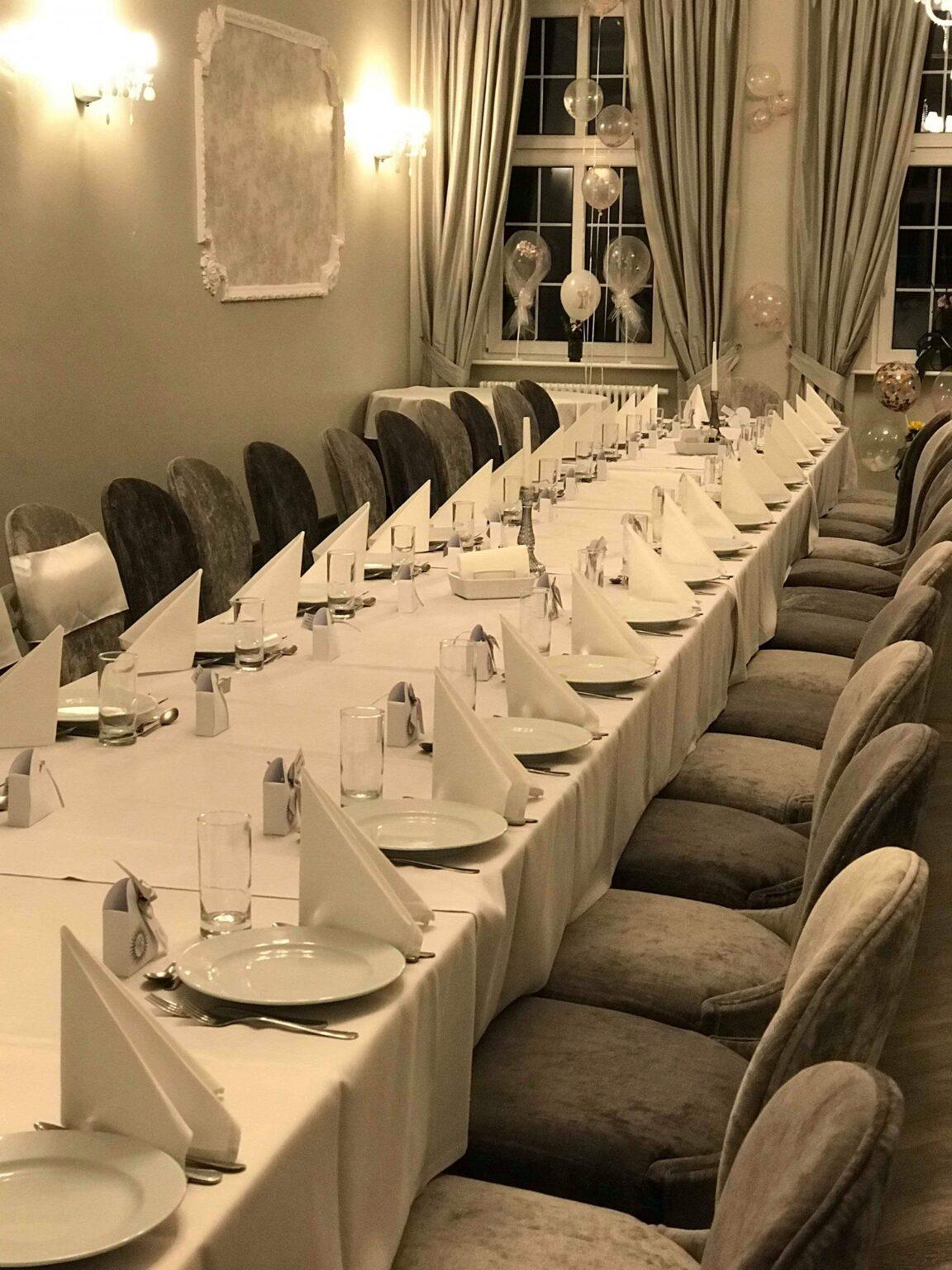 Hotele i restauracje 18