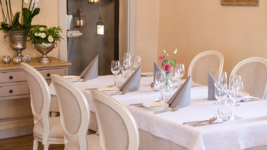 Hotele i restauracje 15