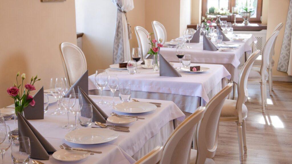 Hotele i restauracje 10