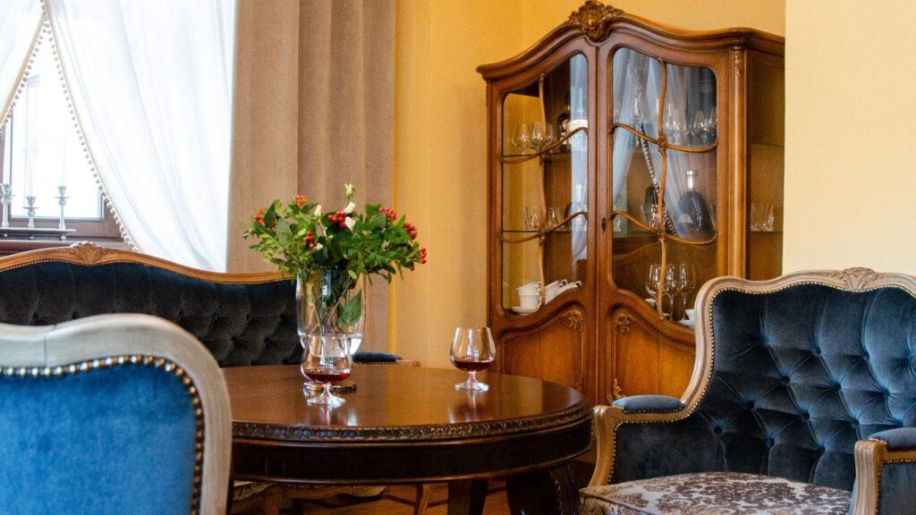 Hotele i restauracje 8