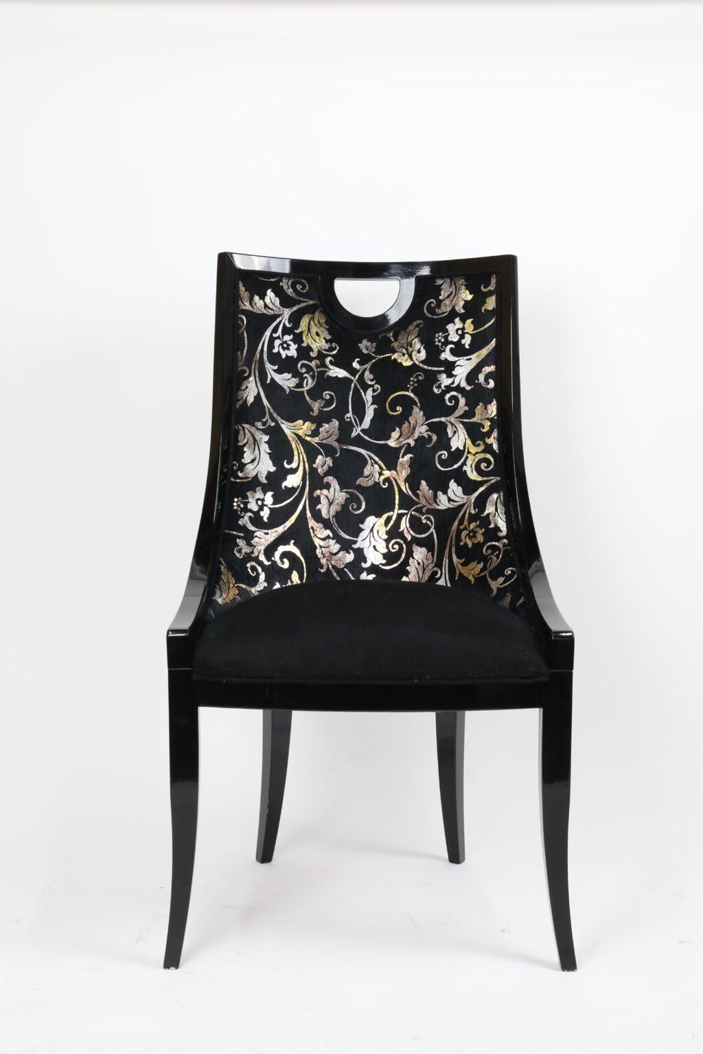Krzesła 37