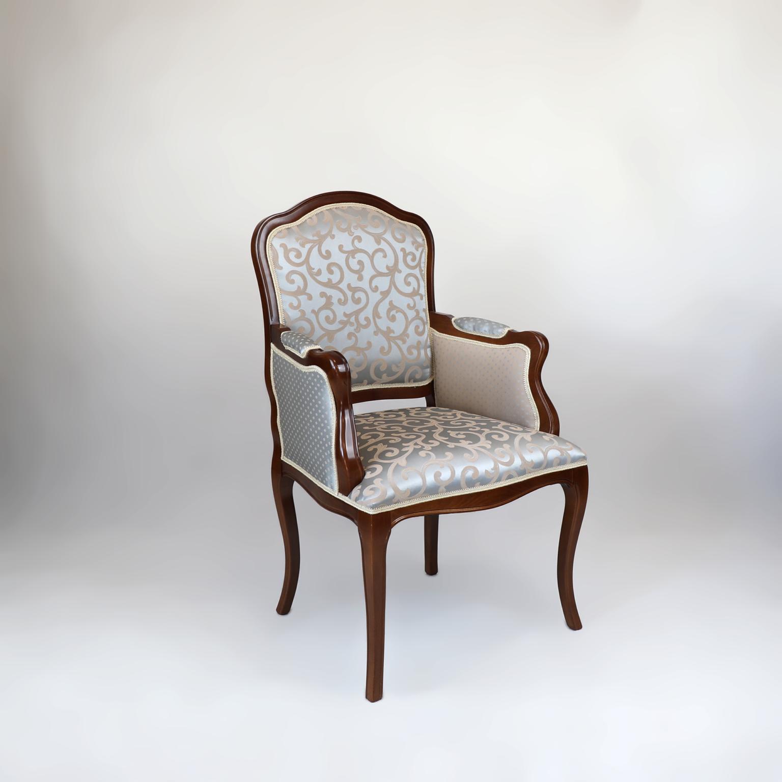 Fotele 8