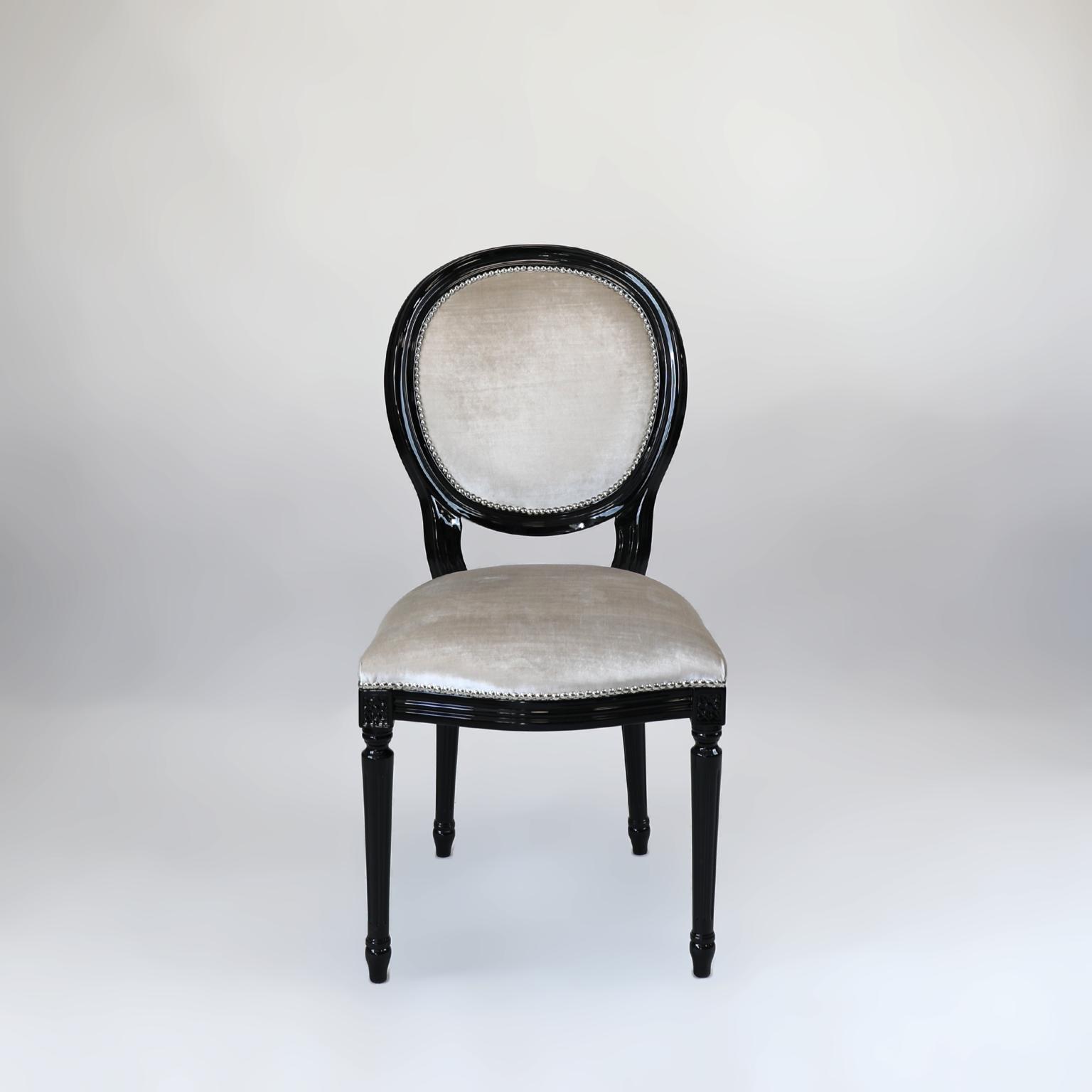 Krzesła 14