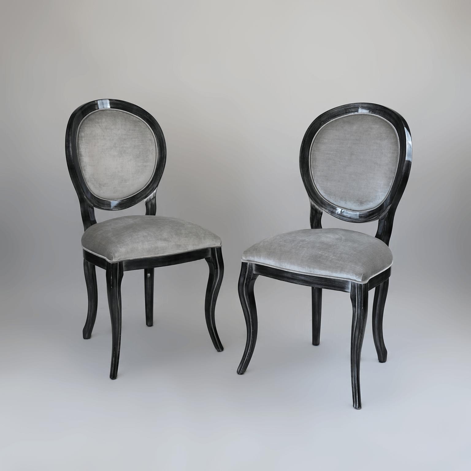 Krzesła 16