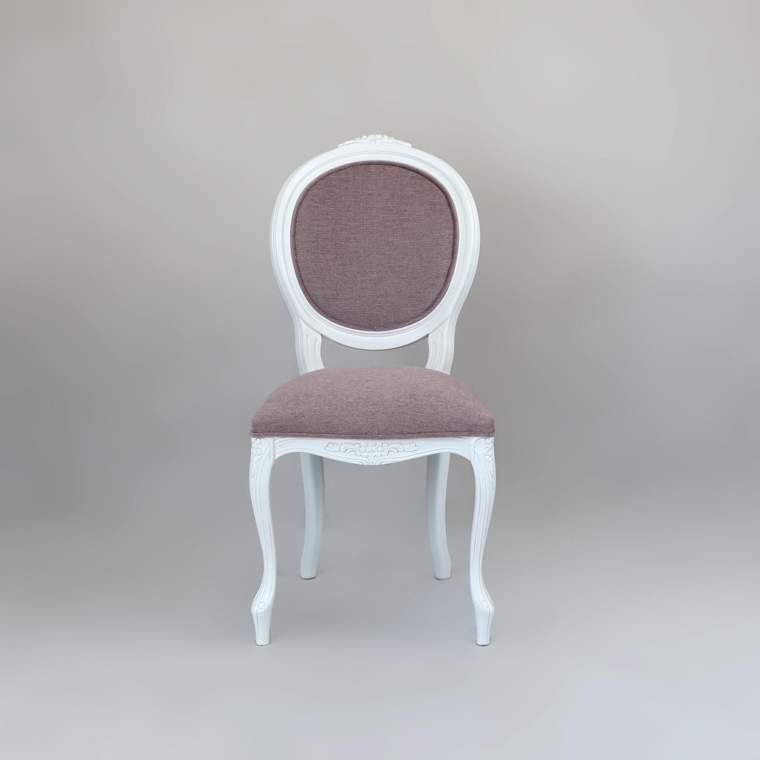 Krzesła 24