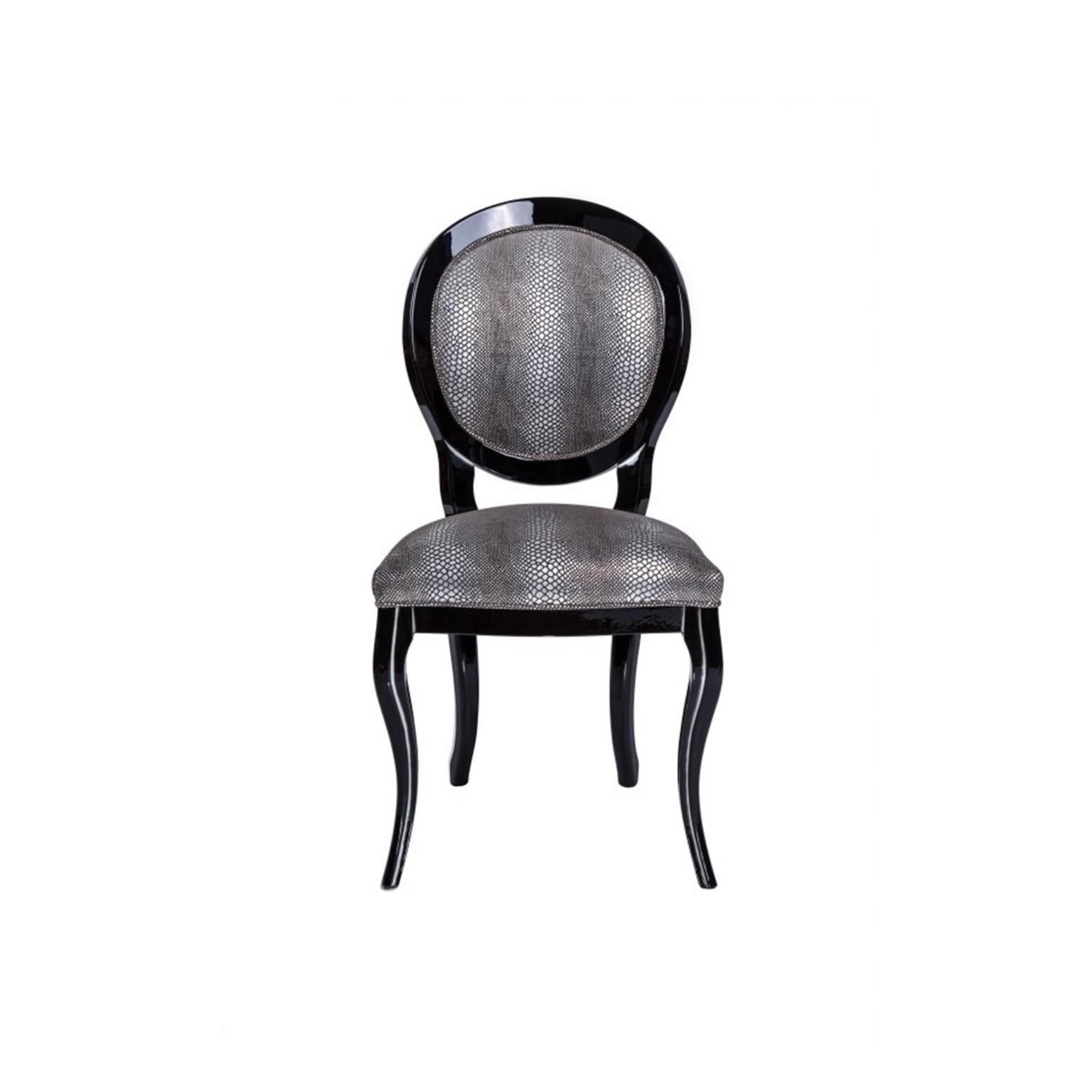 Krzesła 27