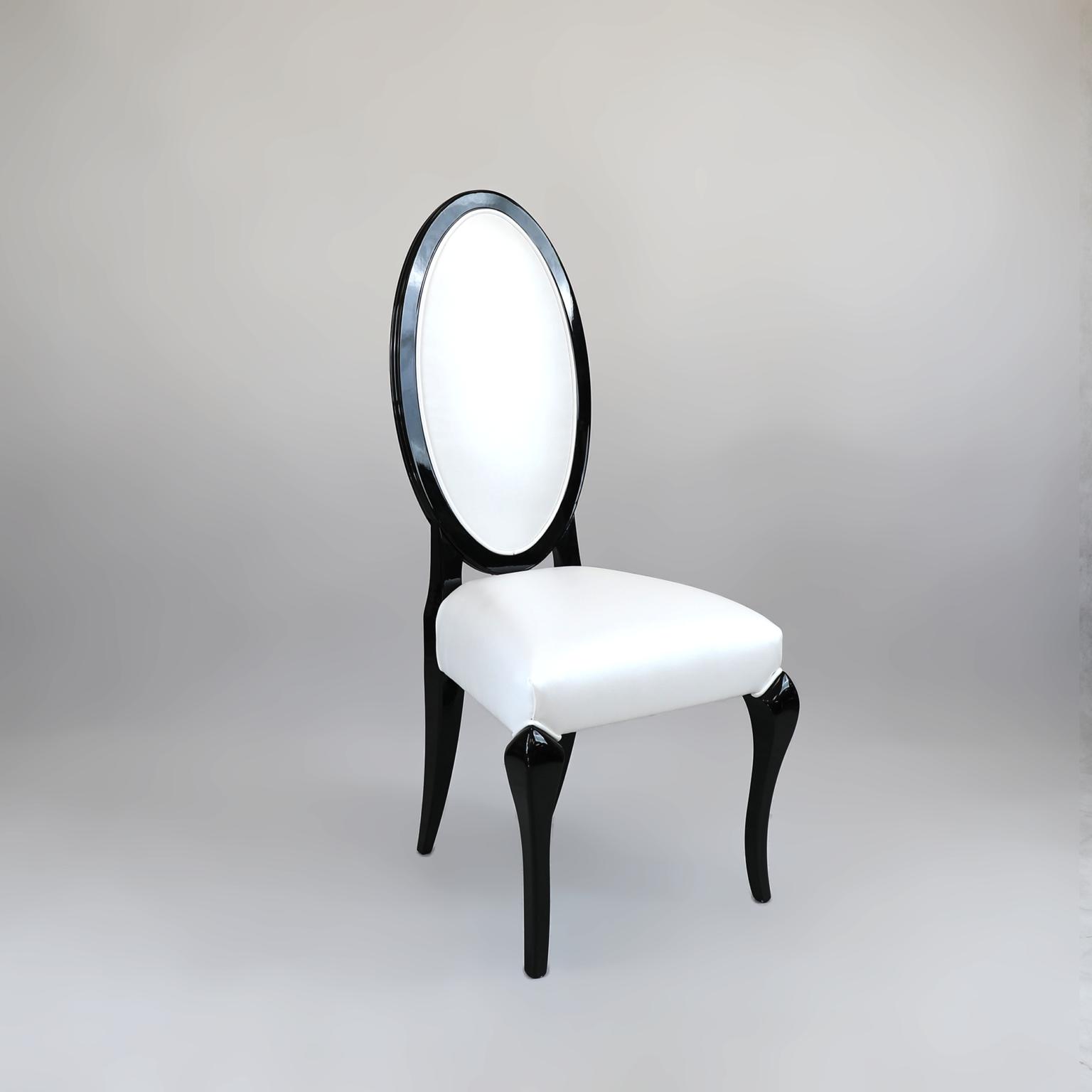 Krzesła 10