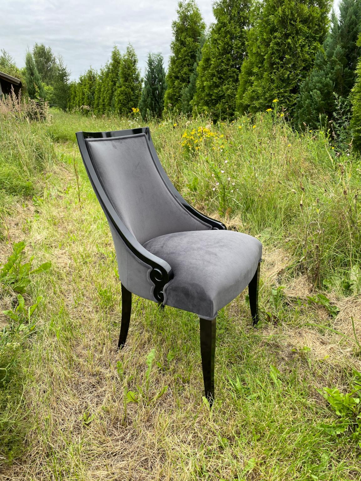 Krzesła 3
