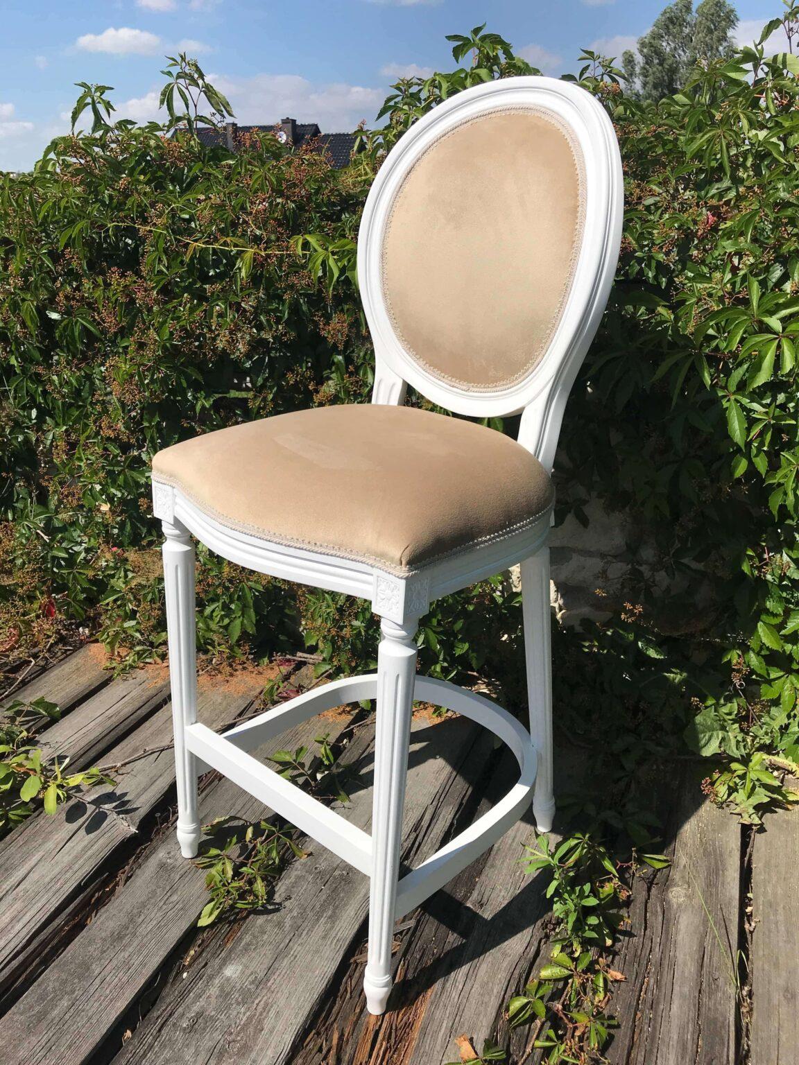Krzesła 5